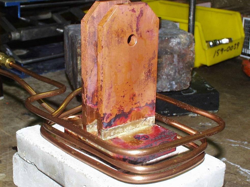 Ambrell感应加热器的应用-钎焊45:焊接铜枢轴组装件