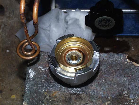 Ambrell感应加热器的应用-钎焊60:压力开关焊接应用