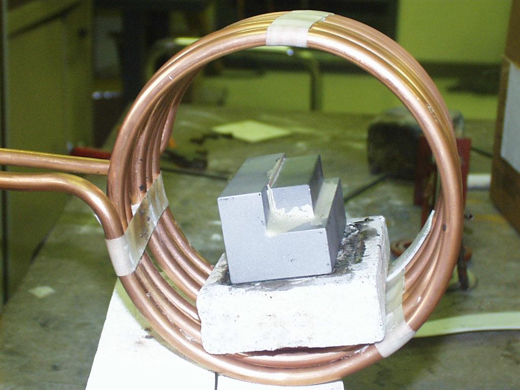 Ambrell感应加热器的应用-钎焊70:手电筒制造焊接应用